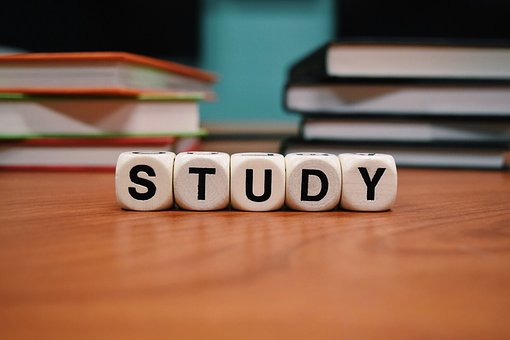 study-1968077__340